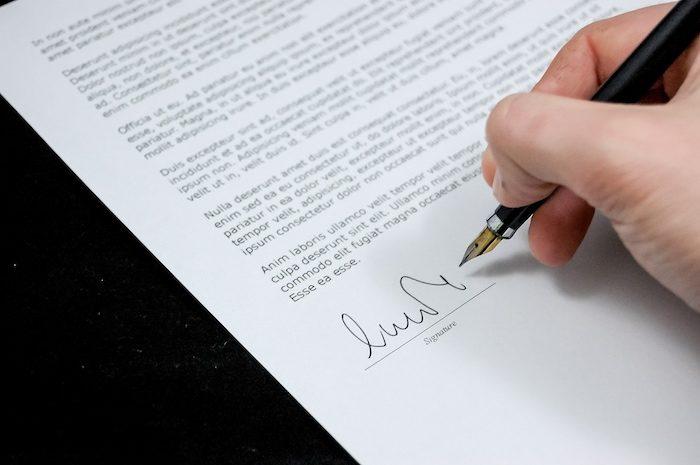 Droit de préemption du preneur en place: délai de deux mois pour signer l'acte de vente